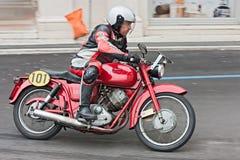 葡萄酒摩托车Moto Guzzi Lodola Gran Turismo 免版税库存图片