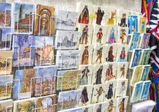 葡萄酒明信片和图画在锡耶纳,意大利购物 库存图片