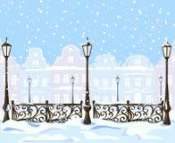葡萄酒有灯笼的冬天城市 免版税库存图片