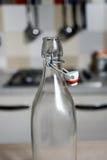 葡萄酒有瓶盖的水瓶 库存图片