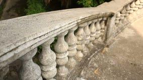 葡萄酒栏杆的支 老宫殿的楼梯 影视素材