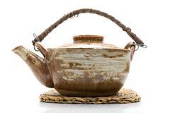 葡萄酒样式布朗陶瓷茶壶 免版税库存图片