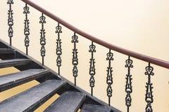 葡萄酒样式楼梯 免版税图库摄影