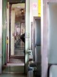 葡萄酒样式泰国铁路火车个人无盖货车 免版税库存图片