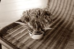 葡萄酒样式花束花 库存图片