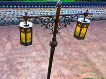 葡萄酒样式街道灯笼,韩国传统路灯柱 免版税库存图片