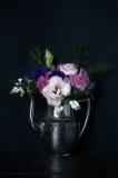 葡萄酒样式,花卉装饰 免版税图库摄影