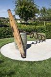 葡萄酒桶和拔塞螺旋 库存图片