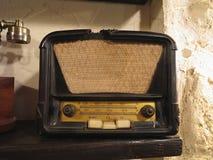 葡萄酒棕色老无线电接收机 免版税库存照片