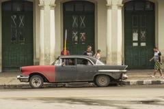 葡萄酒比德五十年代汽车哈瓦那 库存照片