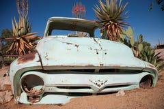 葡萄酒汽车击毁在纳米比亚的沙漠 库存照片