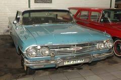葡萄酒汽车1960年雪佛兰因帕拉体育轿车 免版税库存图片
