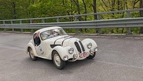 葡萄酒汽车BMW 328 coupe (1938) 免版税库存图片