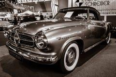葡萄酒汽车Borgward伊莎贝拉敞蓬车2+2, 1957年 库存照片