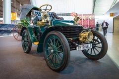 葡萄酒汽车Wolseley, 1904年 库存照片