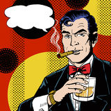 葡萄酒流行艺术人有玻璃抽烟的雪茄的和有讲话泡影的 免版税库存图片
