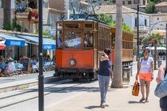 葡萄酒火车,电车在Port de索勒,马略卡 免版税图库摄影