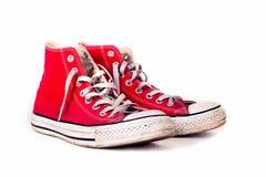 葡萄酒炫耀红色鞋子 免版税库存照片