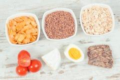 葡萄酒照片、健康成份当来源矿物,维生素B2和饮食纤维,滋补吃概念 免版税库存图片