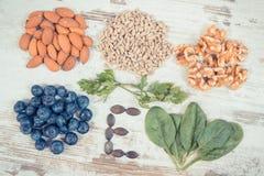 葡萄酒照片、成份包含维生素E的,自然矿物和饮食纤维,健康营养 库存照片