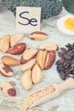 葡萄酒照片、食物包含硒的,维生素和饮食纤维,健康营养概念 免版税库存照片