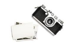 葡萄酒照相机和老照片 在视图之上 免版税库存照片