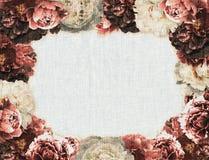 葡萄酒牡丹框架 免版税图库摄影