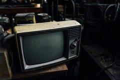 葡萄酒电视-被放弃的玻璃工厂 免版税库存照片