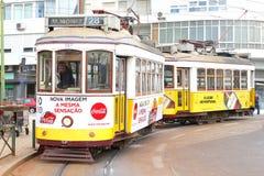 葡萄酒电车28电车轨道,里斯本,葡萄牙 库存照片