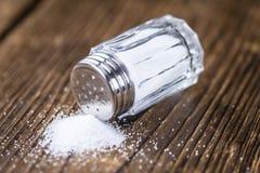 葡萄酒盐瓶 免版税库存图片