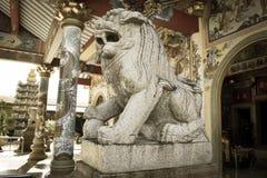 葡萄酒石狮子雕塑 图库摄影