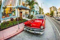 葡萄酒福特停车场在艺术装饰区在迈阿密佛罗里达 免版税图库摄影