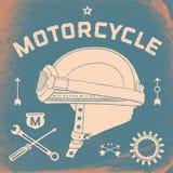 葡萄酒种族摩托车盔甲海报  减速火箭 免版税库存照片
