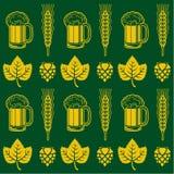 啤酒无缝的样式 免版税库存照片