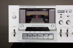 葡萄酒立体声盒式磁带甲板记录器前面 免版税库存图片