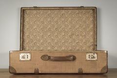 葡萄酒老棕色盒 免版税库存照片