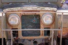 葡萄酒老汽车外部难看的东西 库存照片