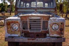 葡萄酒老汽车外部难看的东西 免版税库存图片