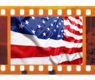 葡萄酒老35mm构筑与美国旗子的照片影片 免版税库存照片