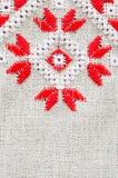 葡萄酒胡麻的纹理与刺绣的 种族样式设计  免版税库存照片