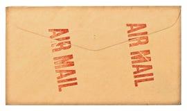 葡萄酒脏的航空邮件信包 免版税库存照片