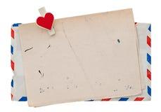葡萄酒航空邮件信封。减速火箭的岗位情书 免版税库存照片