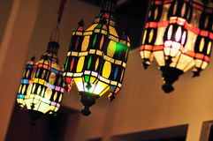 葡萄酒艺术装饰五颜六色的天花板灯 免版税图库摄影