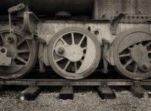葡萄酒蒸汽引擎的轮子 免版税图库摄影