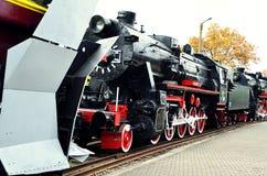 葡萄酒蒸汽火车机车的轮子细节 图库摄影
