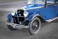 葡萄酒蓝色英国奥斯汀汽车 免版税图库摄影