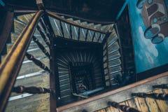 葡萄酒螺旋形楼梯 库存图片