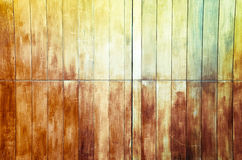 葡萄酒被弄脏的木墙壁 免版税库存照片