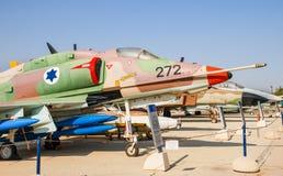 葡萄酒道格拉斯A-4 Skyhawks飞机在以色列人空军队博物馆显示了 免版税库存图片
