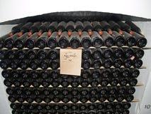 葡萄酒酒的汇集在葡萄酒酿造组合的 库存照片